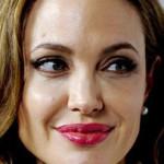 Angelina Jolie escribe de su mastectomía doble