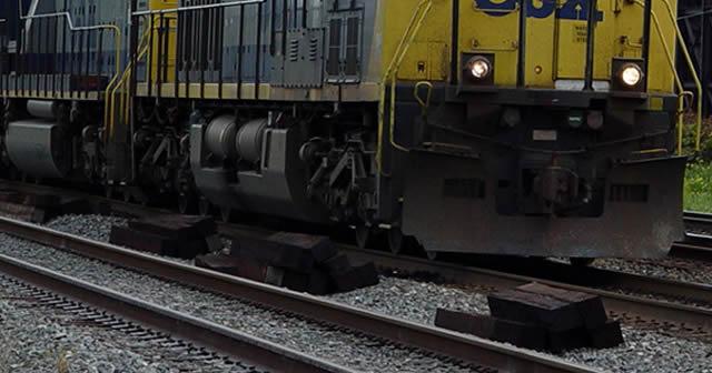 Photo of Tren arrastra a mujer desde La Calzada hasta la Esfuerzo Obrero y vive