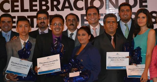 """Photo of """"Premian"""" a Comunicadores en La Piedad"""