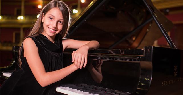 Pequeña pianista