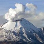 Popo emite exhalación de un kilómetro de altura