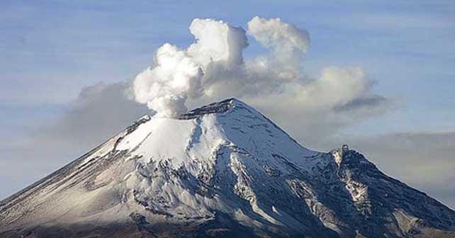 Photo of Popo emite exhalación de un kilómetro de altura