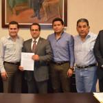 Firman convenio de Derechos Humanos