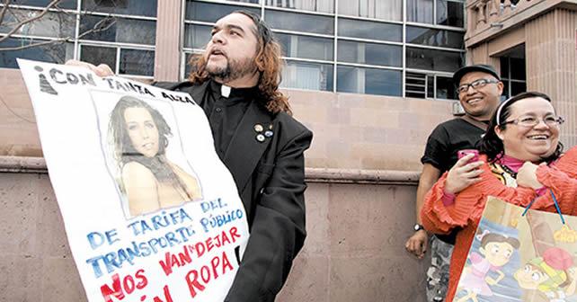 """Photo of """"El Padre Gofo"""" será investigado por el Vaticano"""