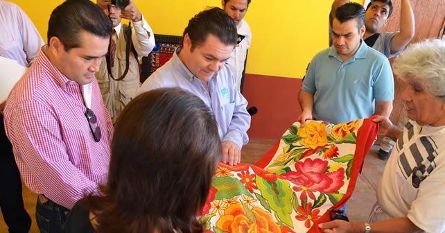 Fernando Olivera Rocha, Secretario de Turismo del Estado, y Jacobo Manríquez Romero, Presiden Municipal de Pénjamo. Foto NOTUS