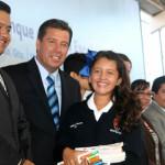 Entregan libros de texto en Irapuato
