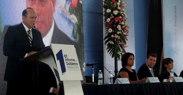 Photo of Alcalde de Abasolo presenta su Primer Informe de Gobierno