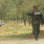 Policías borrachos rocían gas lacrimógeno a niña en Pénjamo