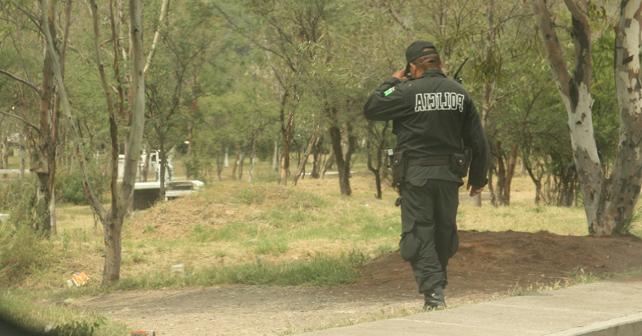 Photo of Policías borrachos rocían gas lacrimógeno a niña en Pénjamo