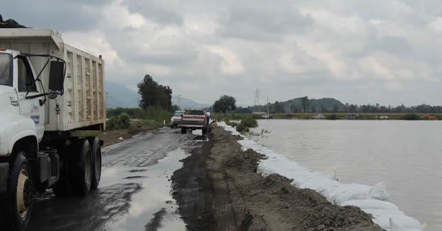 Photo of Revisan puntos de riesgo por lluvias en Abasolo