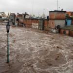 Se desborda río e inunda Pénjamo