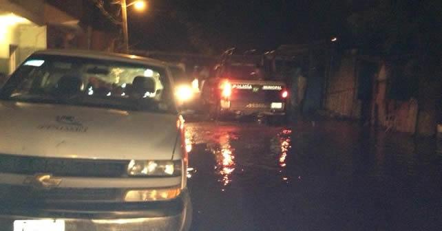Photo of 104 viviendas afectadas por derrame de río Lerma en Santa Ana Pacueco