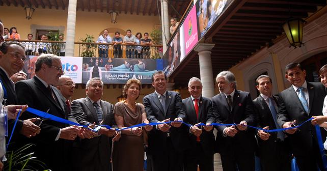 Photo of Inauguran Casa de Puebla, estado invitado en el Cervantino