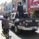 """Tránsitos municipales casi """"matan"""" a jóvenes al perseguirlos como delincuentes"""