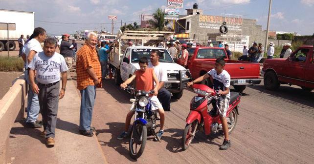 Photo of El paso por Santa Ana también se bloqueó