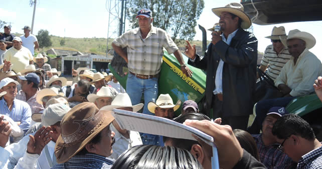 Photo of Márquez Márquez sordo, mudo y mentiroso: campesinos