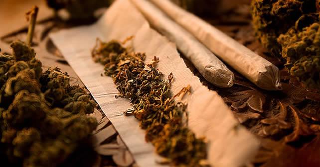 Photo of Tres kilos de marihuana para pasar el rato en el tren; tres detenidos