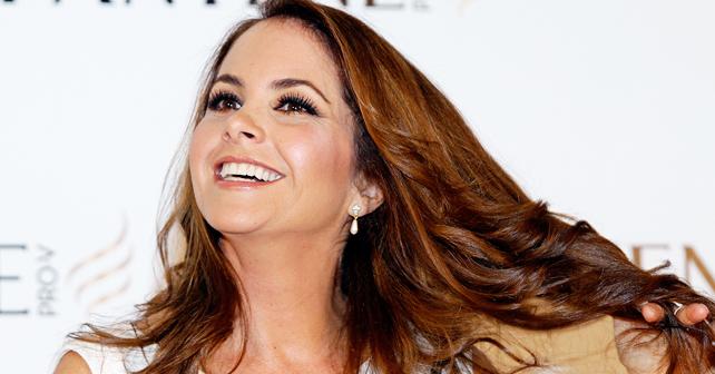 Photo of Lucero traía 5 millones de dólares en su cuerpo, en los Grammy Latino