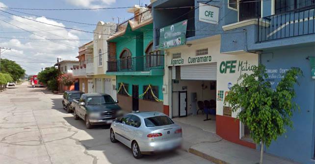 Photo of Asaltan a CFE en Cuerámaro en el centro y en el día