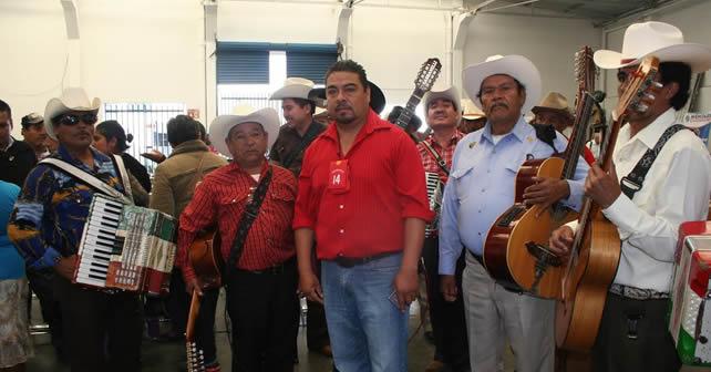 Photo of Al ritmo de la música, se manifestaron en Miércoles Ciudadano
