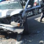 Policías lesionados al perseguir a ladrones en Abasolo