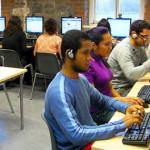 Carlos Slim impulsa la educación en línea para apoyar a los mexicanos