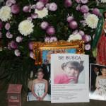 Rezan por el regreso de Kimberly, la bebé de la pareja ejecutada