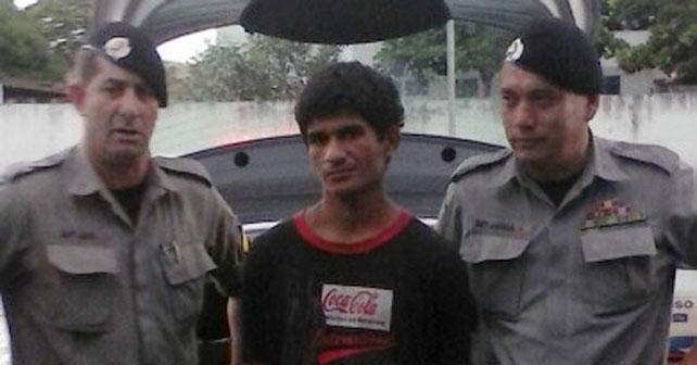 ladron brasileño viola maniqui