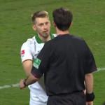 FairPlay, jugador le dice al arbitro que no marque penalty a su favor