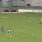 """Impresionante gol de """"taquito"""" a 30 metros de distancia"""