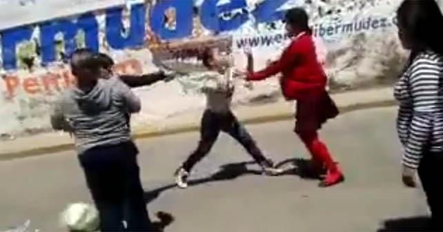 """Photo of """"Entonces que pendeja"""", pleito entre mamás, en Pénjamo (Video)"""