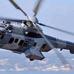 Helicóptero de la Marina: atacado por civiles