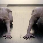 """Yoga sin ropa ¿una experiencia """"más espiritual""""?"""