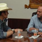 Bordos y títulos de reposición; charla entre Abel y delegado Conagua