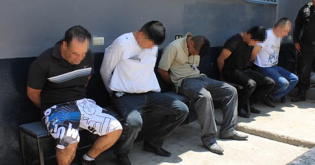 detenidos (2)_cabeza