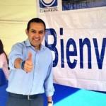 Un hombre armado roba la urna donde votó Ernesto Cordero, denuncia su equipo de campaña