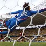 México le complica el partido a Brasil y Memo Ochoa se convierte en el héroe del Tricolor