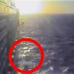Difunden video cuando mexicano se lanza al mar
