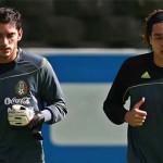 Corona vs Ochoa: todavía no hay portero titular para el debut de México en Brasil 2014