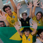 Familia brasileña con seis dedos busca la sexta Copa Mundial