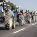 """Campesinos marchan en contra de leyes energéticas; """"despojo de la tierra"""""""