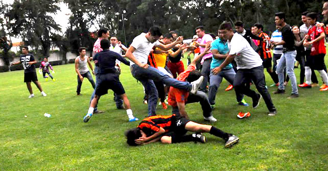 Photo of Final de futbol en el Club Campestre termina en campal
