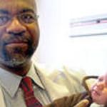 Ginecólogo filma a 8 mil pacientes; se suicida al ser descubierto