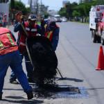 Realiza servicios públicos mantenimiento vial