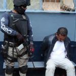 """Policía municipal, detiene a presunto """"huachicolero"""" en una persecución"""