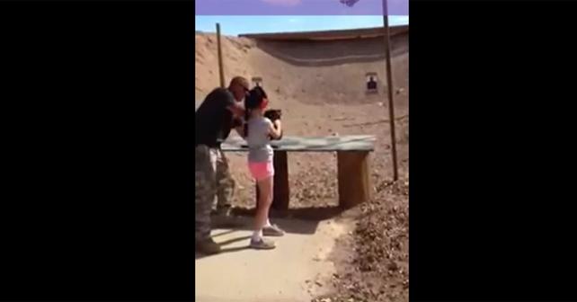 niña mata a su instructor