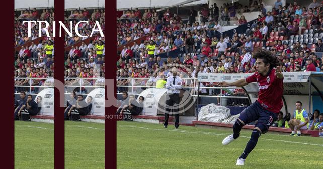 Alan Bello, jugador de La Trinca en el empate ante San Luis