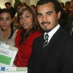 Reconocen a egresados del Instituto Irapuato