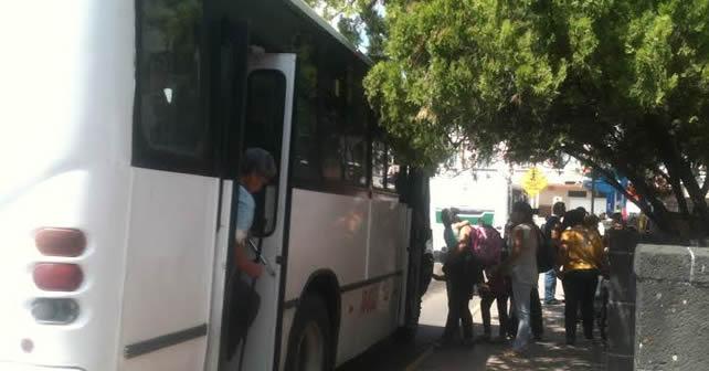 Photo of Usuarios piden que mejore el servicio de transporte urbano