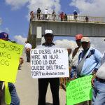 Se manifiestan en visita de Peña Nieto en Irapuato